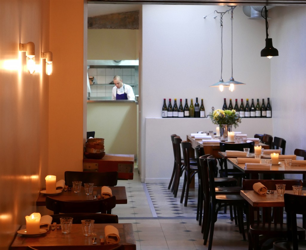 La salle du restaurant Gare au Gorille