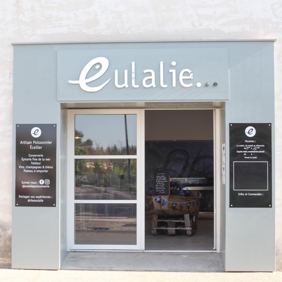 La façade de la poissonnerie Eulalie a Caumont sur Durance