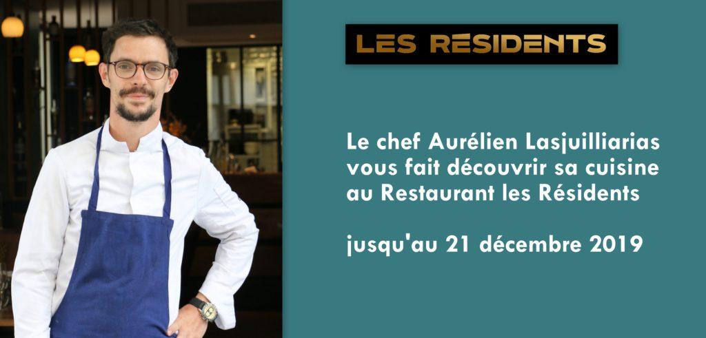 Le chef Aurélien Lasjuilliarias devant le restaurant Les Résidents